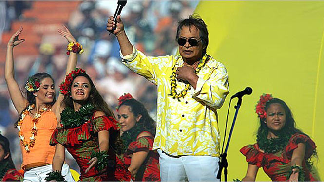 Don Ho performing