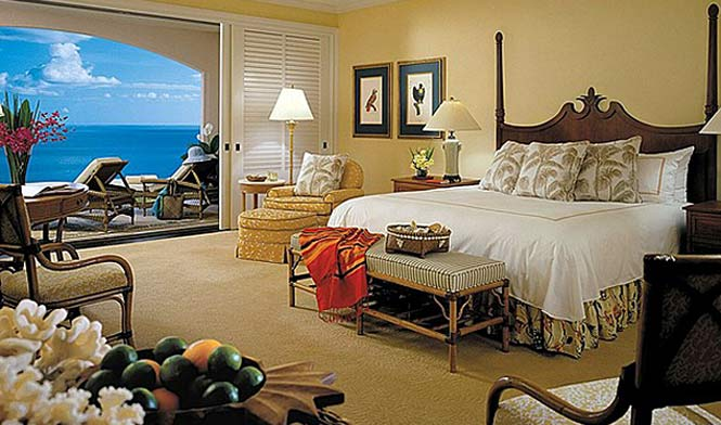 Ocean front kingroom at the Manele Four Seasons