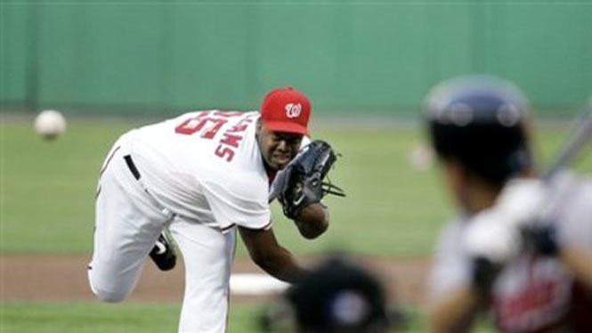 Jerome Williams pitching