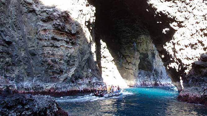 Raft up close in a Napali Coast sea cave