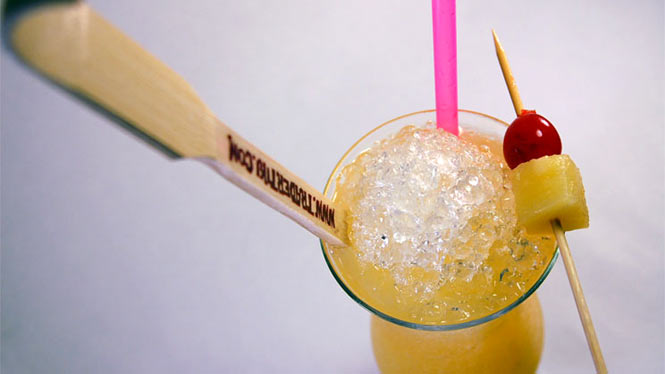 Tropical Itch drink with a back scratcher