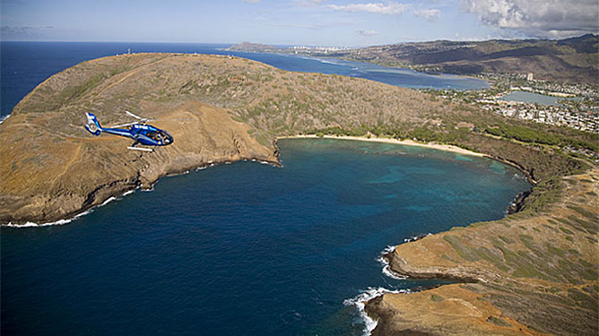 Oahu helicopter tour over Hanauma Bay