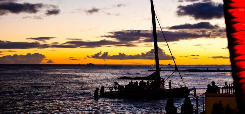 Catamaran dinner cruises are an exciting way to see oahu