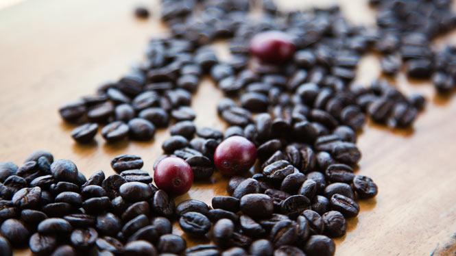 Hawaiian coffee beans on a table