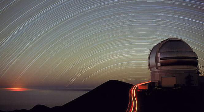 Star trails over Mauna Kea observatory