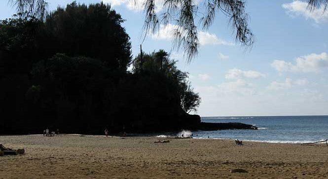 Kalihiwai Beach