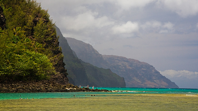 Kee Beach is a favortie among visitors to the North Shore of Kauai